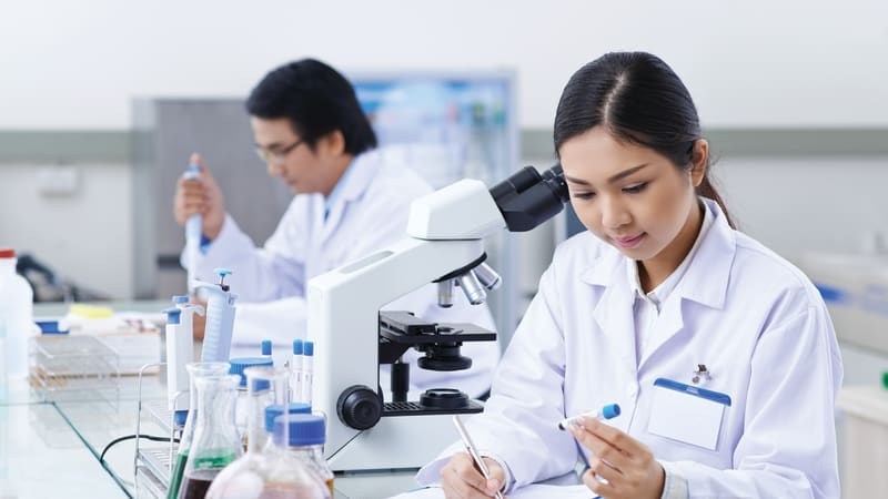 Specialist Diploma in Laboratory Management & Instrumentation